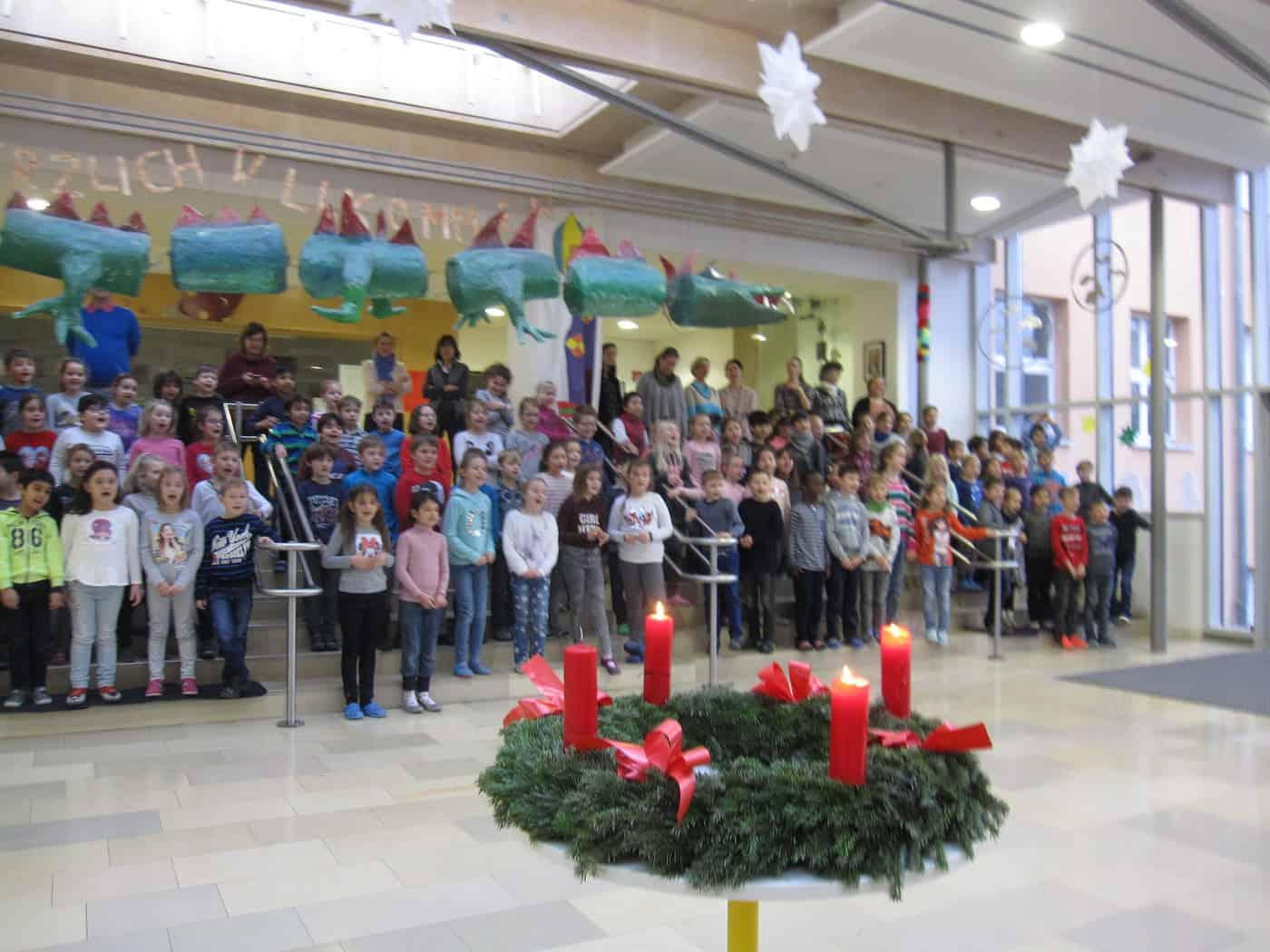 Grundschule Weihnachtsfeier.Weihnachtsfeier Konrad Grundschule Regensburg